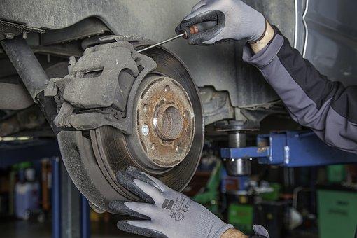 mécanicien auto voiture