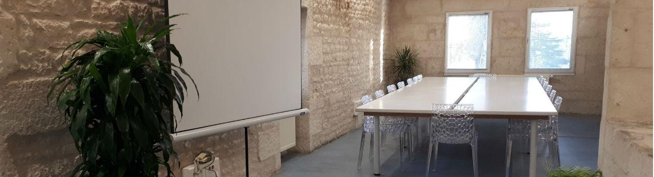 Intérieur de la nouvelle salle de formation au sein de l'agence d'emploi Niort intérim